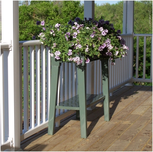 Raised Planters On Legs: Garden Planter With Legs. Anglo American Distributors